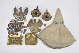 Pièces détachée allemand 2 pointes pour casques, 2 plaques prussiennes pour casques, un lot de