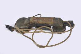 Feldsprecher 1915 Feldsprecher 1915 complet avec son câble et sa fiche d'origine. Indication d'un