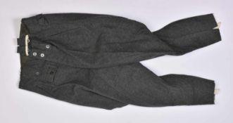 Pantalon culotte de cheval En drap Feldgrau, tous les boutons sont présents. Intérieur doublé en