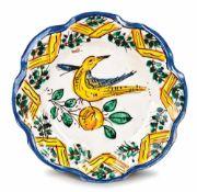 PIATTO IN MAIOLICA | NEAPOLITAN POTTERY DISH Piatto in maiolica, Napoli XVIII secolo Pottery dish,