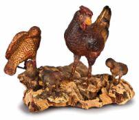 GRUPPO DI PENNUTI | PENNUTI GROUP Gruppo di pennuti, composto da una gallina in terracotta policroma