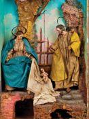 NATIVITÀ | NATIVITY Natività composta da Madonna assisa, nastro azzurro a raccogliere i capelli,