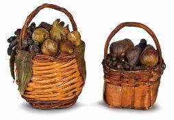 DUE CESTINI DI FRUTTA | TWO FRUIT BASKETS Due cestini di frutta in cera altezze cm 7 e 4 Two baskets