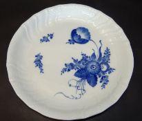 """gr. Kuchenschale""""Royal Copenmhagen"""" blaue Blumen, D-29 cm"""