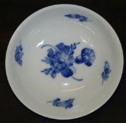 """runde Schale """" Royal Copenmhagen"""" blaue Blumen, H-5 cm, D-15,5 cm"""