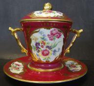 """grosse Trembleuse """"Limoges"""" 3-teilig, Blumen in Reserven, H-15 cm, Tassendurchmesser 12,5 cm"""