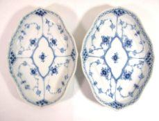 Paar ovale Schalen, Royal Copenhagen, Musselmalet, 22 x 16cm.