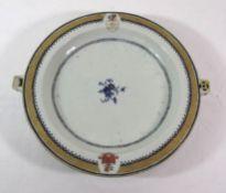 "früher Warmhalteteller um 1800, wohl England, Blumen-u. Wappenbemalung, 1x beschriftet ""Cassis"