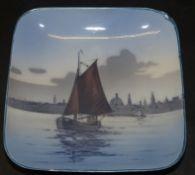 """kl. Ansichtenschale """"Royal Copenhagen"""" bunt bemalt, 13x13 cm"""