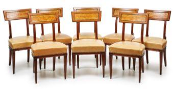 Satz von 8 Stühlen, Georgian, England 19. Jh. Mahagoni massiv. Kannel. u. profil. Gestell.
