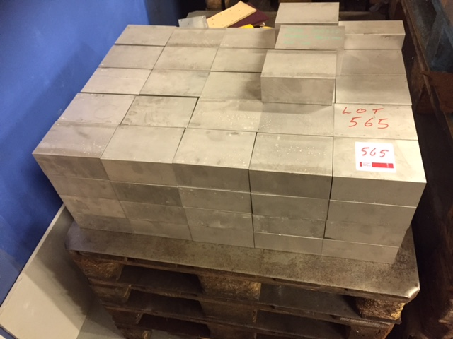 aluminium kitchen cabinet quantity of aluminium cut to length blanks two pallets 10542