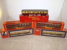 OO Gauge - A group of mixed coaches by Tri-Ang, Hornby and Lima (5) (VG-BF/G)
