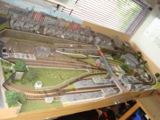 An N Gauge Railway Layout (8' x 3' approx.) featuring town frontage and station terminus. Ready to