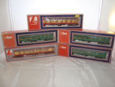 OO Gauge - Lima - A selection of Lima coaches as lotted (5) (VG - BF/G)