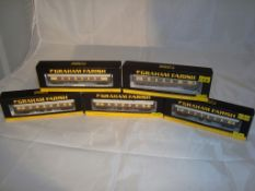 A group of N Gauge Mark 1 Pullman coaches by Farish - in Umber and Cream (5) (NM-BG)