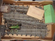 O Gauge - Bing - A quantity of O Gauge wooden and steel clockwork track (possibly by Bing)