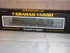 An N Gauge Hall Class locomotive 4979 Wooton Hall by Farish in BR Green Late Crest livery (NM-BG)
