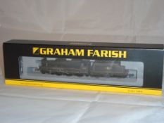An N Gauge Black 5 45110 steam locomotive by Farish in BR Lined Black Late Crest livery(NM-BVG)