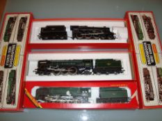 A group of three Hornby Steam locomotives to include a Britannia, an Evening Star and a Black Five -