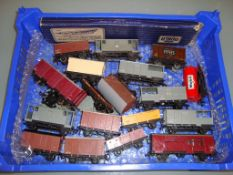 A tray of Hornby Dublo unboxed wagons and a Dublo re-railer - Fair to Good (20)