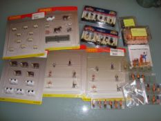 A quantity of figure accessory packs and unboxed figures by Hornby, Bachman, Preiser etc as lotted -