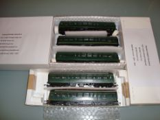 A pair of Tri-Ang/Hornby R157 lightweight DMU sets (one x 2 car and one x 3 car) - Very Good,