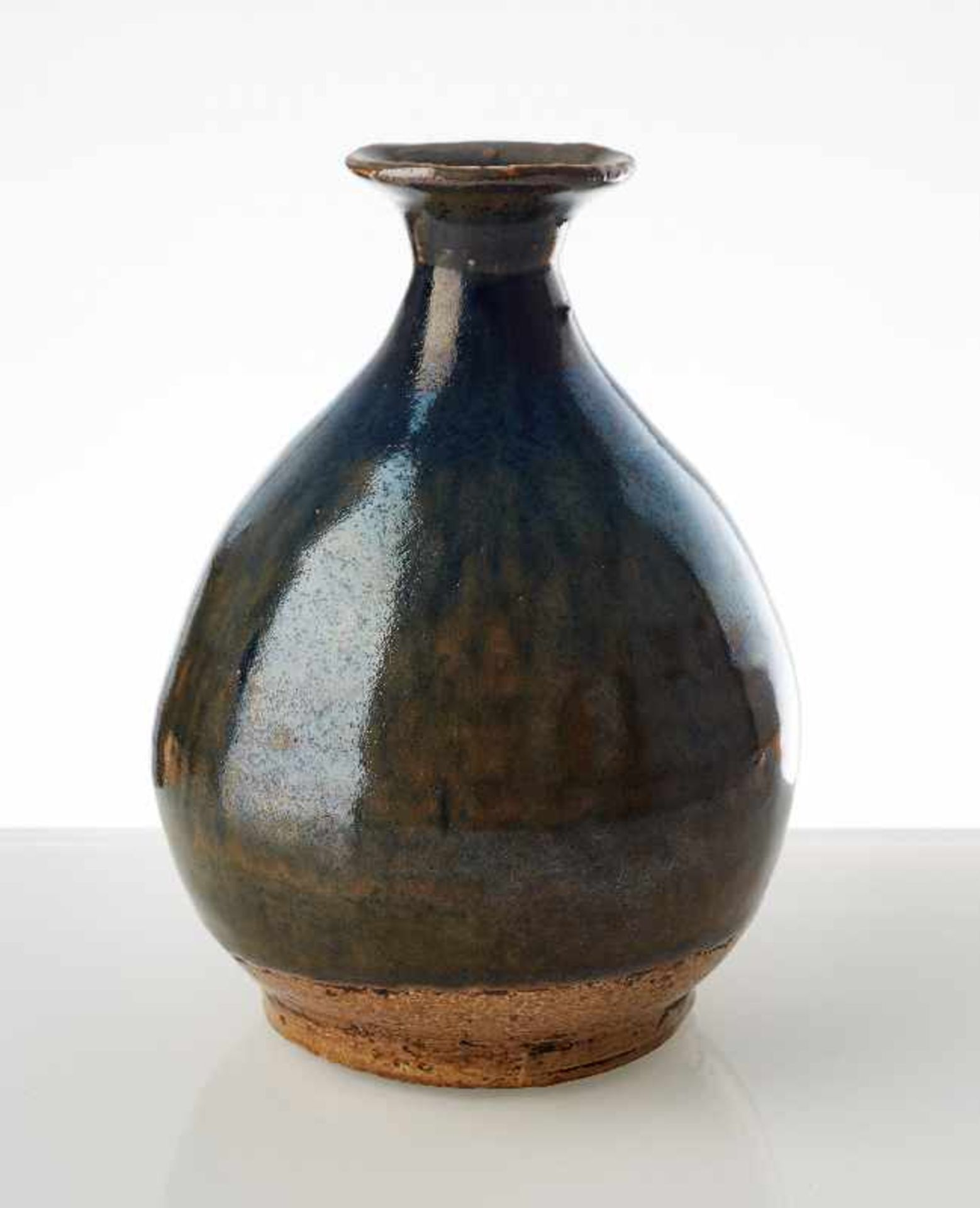 FLASCHENFÖRMIGE VASE Glasierte Keramik. China, möglicherweise Song, 13. Jh. bis danach - Image 2 of 6