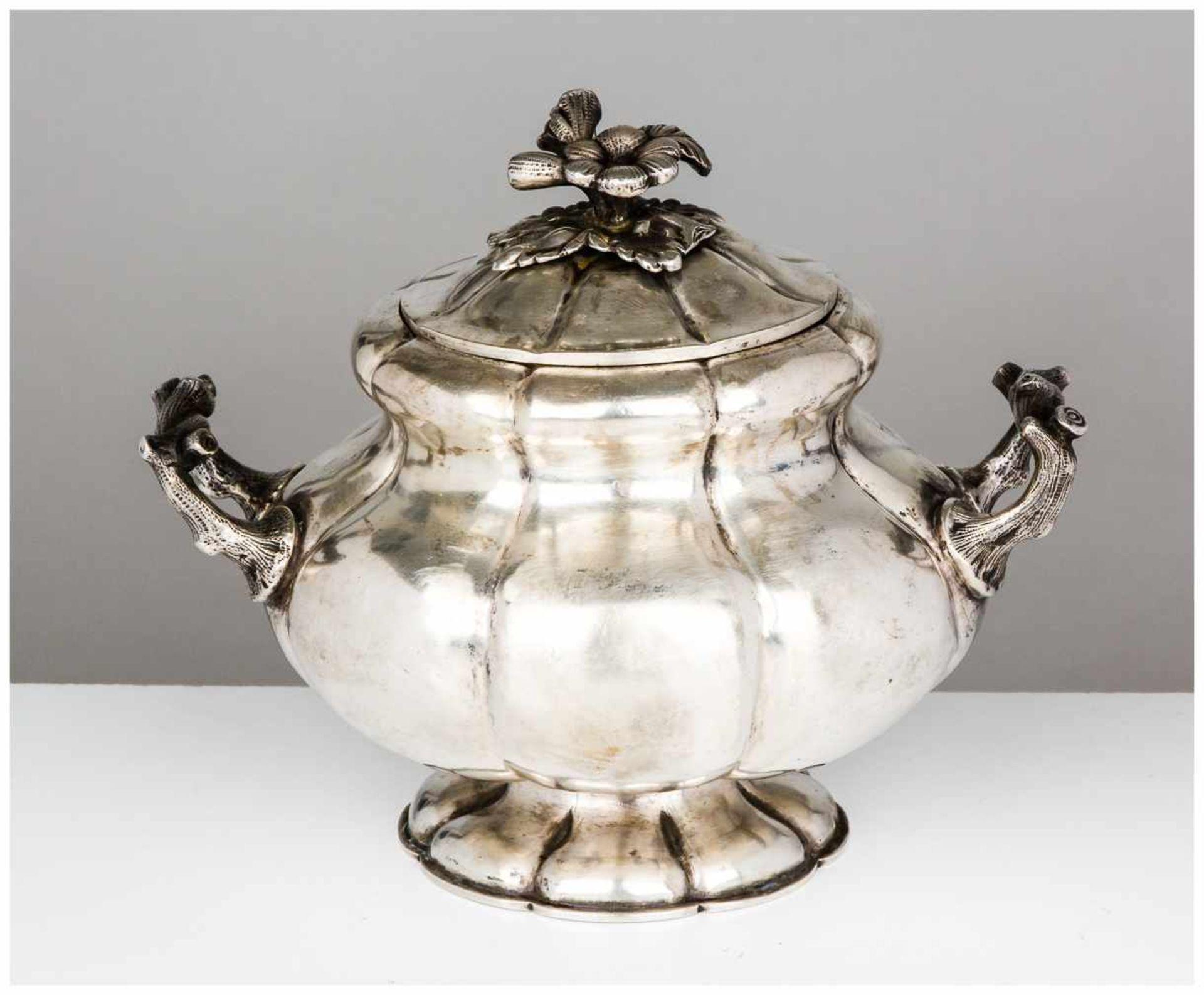 Los 20 - Zuckerdose St. Petersburg, 1858 Silber, innen vergoldet, 483g Beschaumeister: Alexander Mitin (