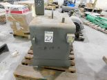 Lot 22 - American Standard, Gyrol Fluidline Class 2 Gyrol Fluid Drive Gear Box With Oil Cooler, Size 270,