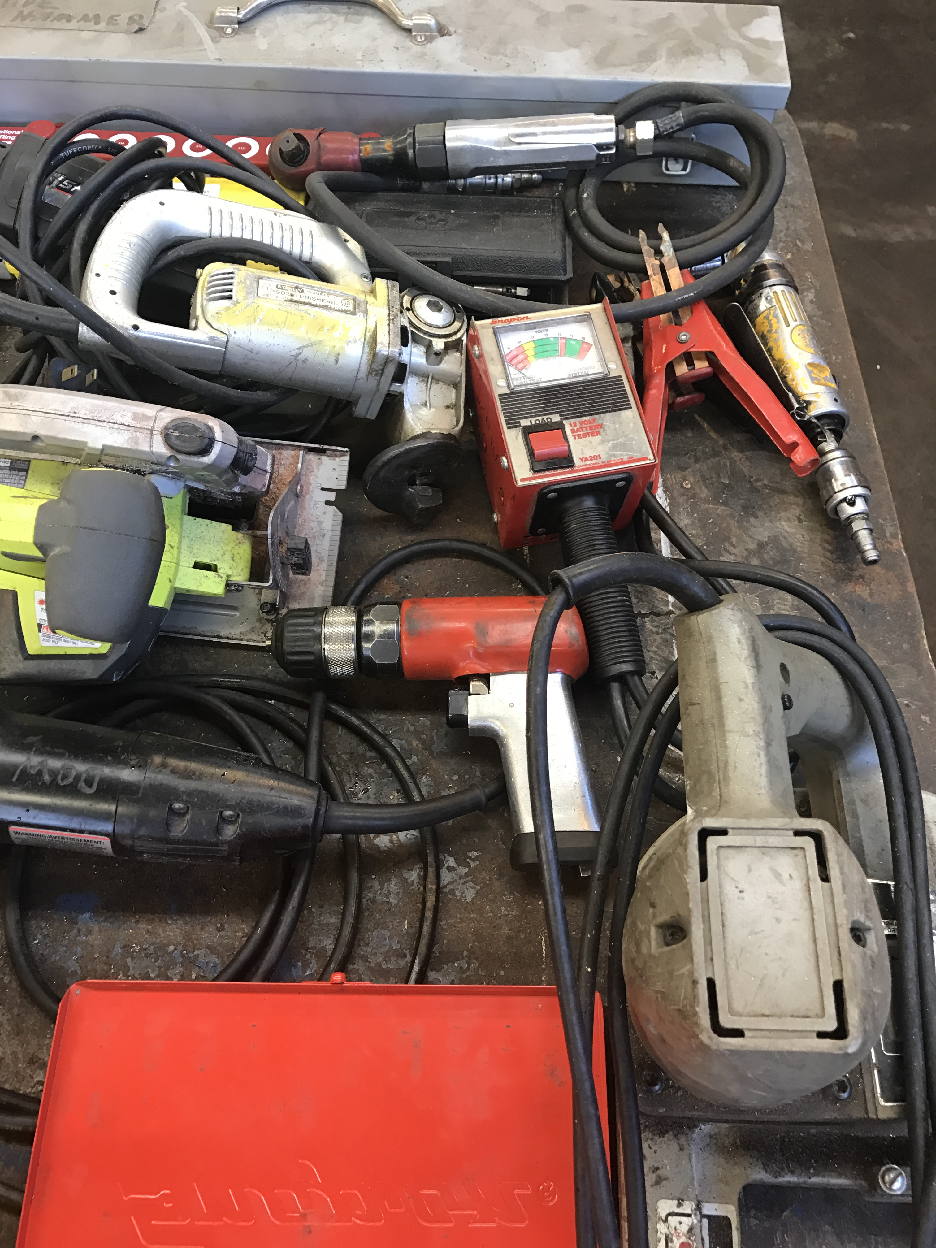 Lot 1 - Assorted Hand Tools, incl. Snap-On torque wrench, Porter Cable portable band saw and much more
