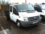 Lot 756 - WHITE FORD TRANSIT TWIN AXLE CREW CAB TIPPER TRUCK WITH ROOF LIGHT & TOW BALL 09 PLATE 50971 MILES