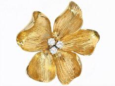 Brosche: vintage Blütenbrosche von guter Qualität, 18K Gold, Handarbeit um 1960 Ca. Ø30mm, ca. 9,1g,