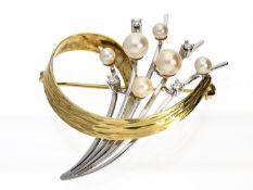 Brosche: dekorative vintage Diamantbrosche Ca. 40 × 36mm, ca. 7g, 14K Gold, rückseitig Broschierung,