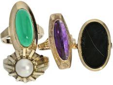 Ringe: kleines Konvolut vintage Damenringe, 8K/14K Gold Konvolut bestehend aus insgesamt 4