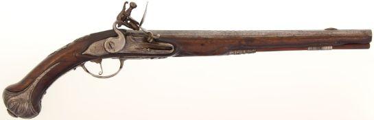 Steinschlosspistole, um 1760, Kal. 14.5mm. 36cm langer Rundlauf mit angedeuteter Visierschiene in