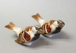KPM Paar Vögel Porzellan, fein aufglasur handbemalt. Schimpfender Spatz. Unterglasurblaue