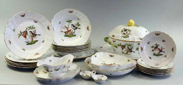 Herend Speiseservice für 6 Personen Porzellan. Dekor Rothschild mit naturalistischen und