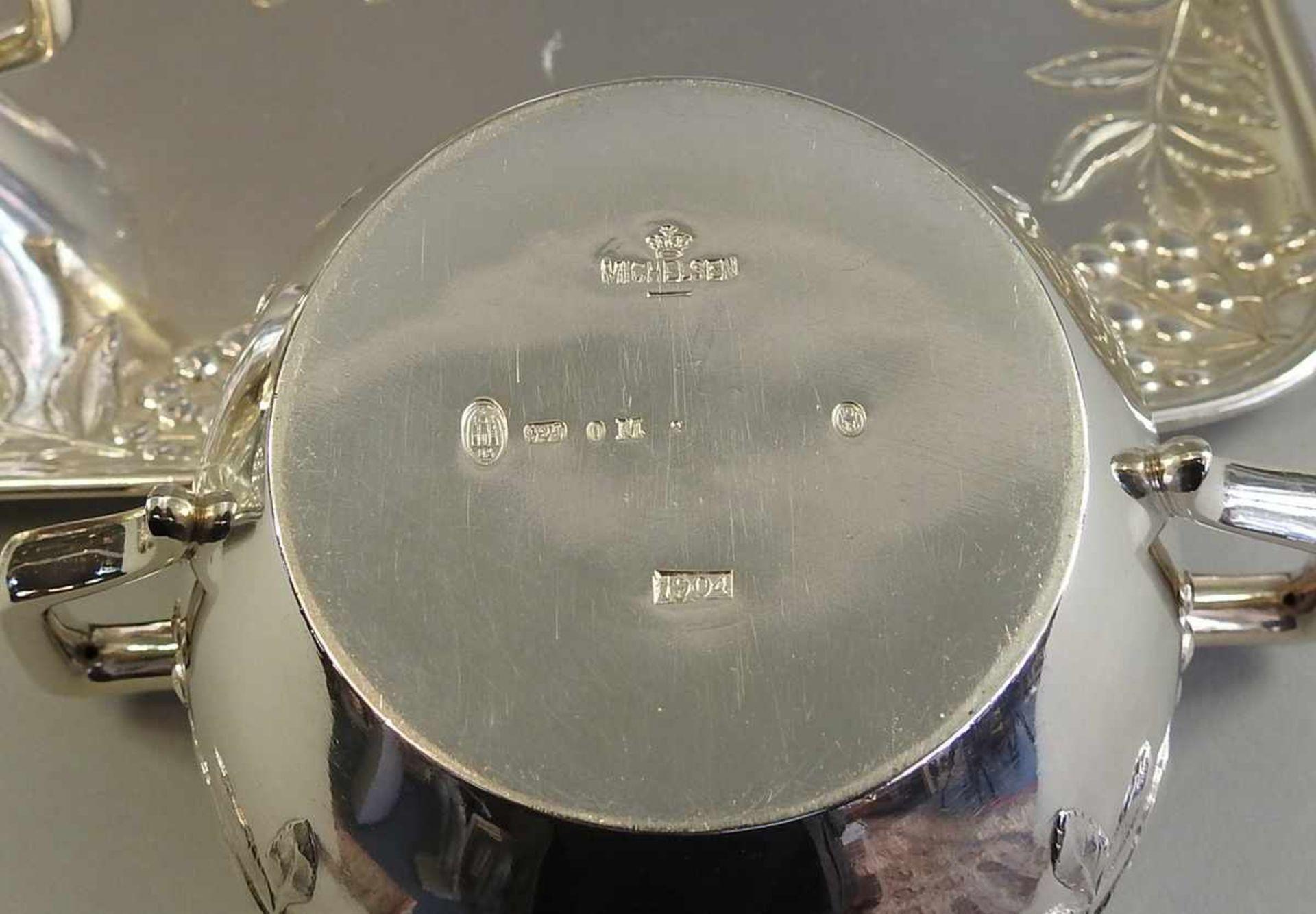 Los 9 - Prunkvolles Kaffeeservice auf Présentoir Silber Sterling 925, jeweils punziert am Boden und am