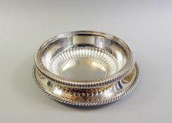 Schale und Teller Silber 925 und 835. Die Schale ist von der Firma Cesa (Alessandria, Italien)
