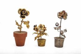 Konvolut von 2 naturalistischen Blumen im Topf Tiffany & Co. Mexico, Silber, vergoldet, Höhe max. 19