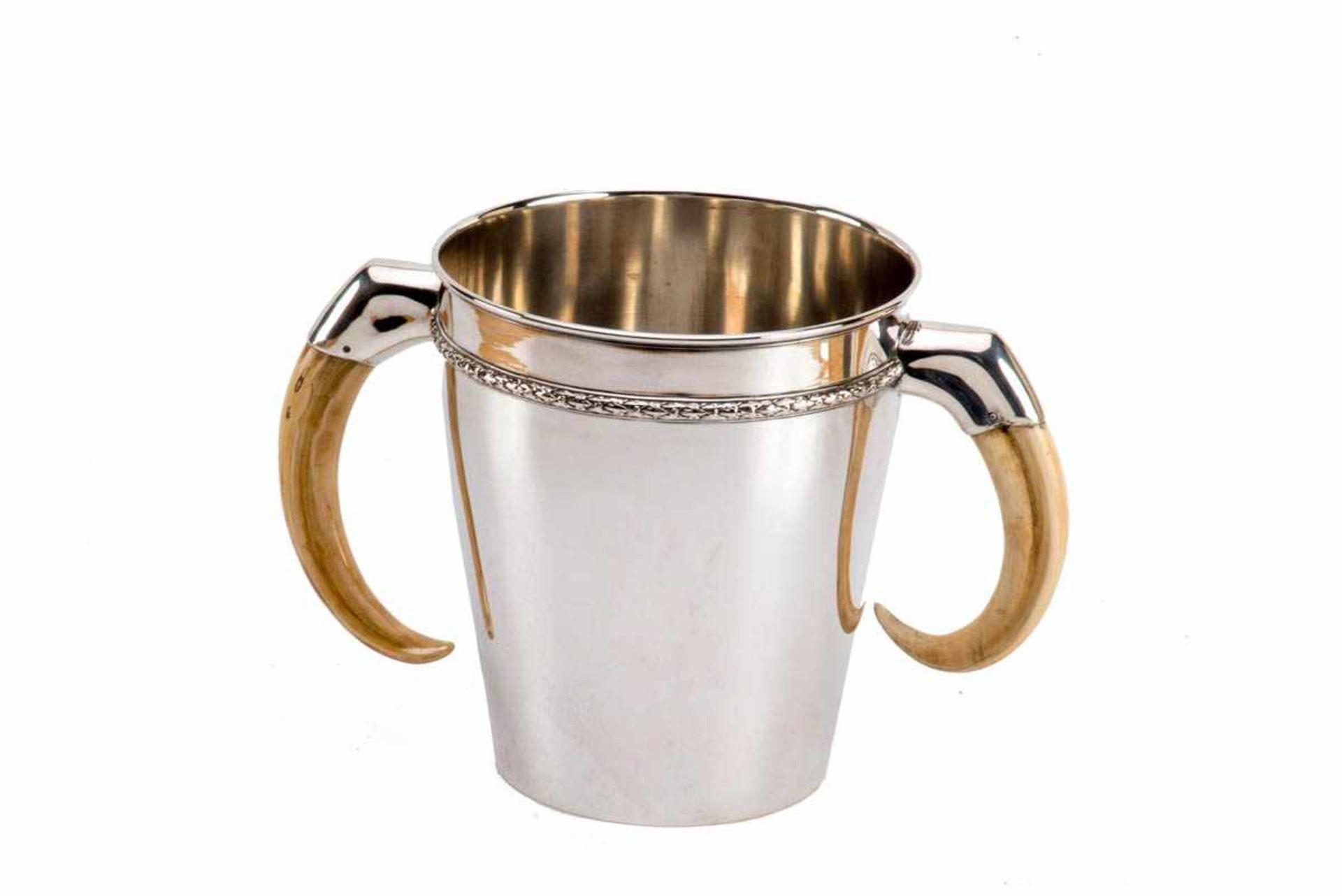 Los 18 - Sektkühler, Ohlenschlager 800er Silber, Runder schlichter sich leicht konisch erweiternder Korpus,