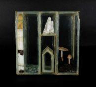 Roxy Paine mit Clemens Weiss, Emil Lukas, Lawrence W. Caroll 1966 American box Glas, Gips, Pigmente,