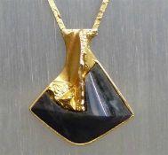 """Collier 14 kt. Gelbgold, gemarkt """"Lapponia"""", 1 großer Labradorit, Handarbeit, mod. Designform, Kette"""