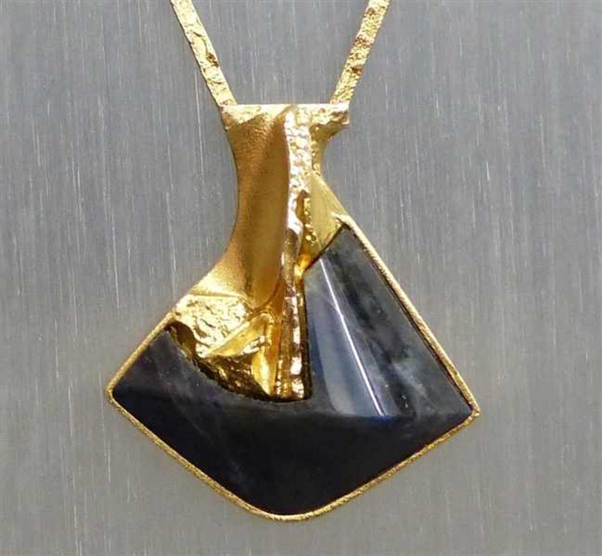 """Los 1054 - Collier 14 kt. Gelbgold, gemarkt """"Lapponia"""", 1 großer Labradorit, Handarbeit, mod. Designform, Kette"""