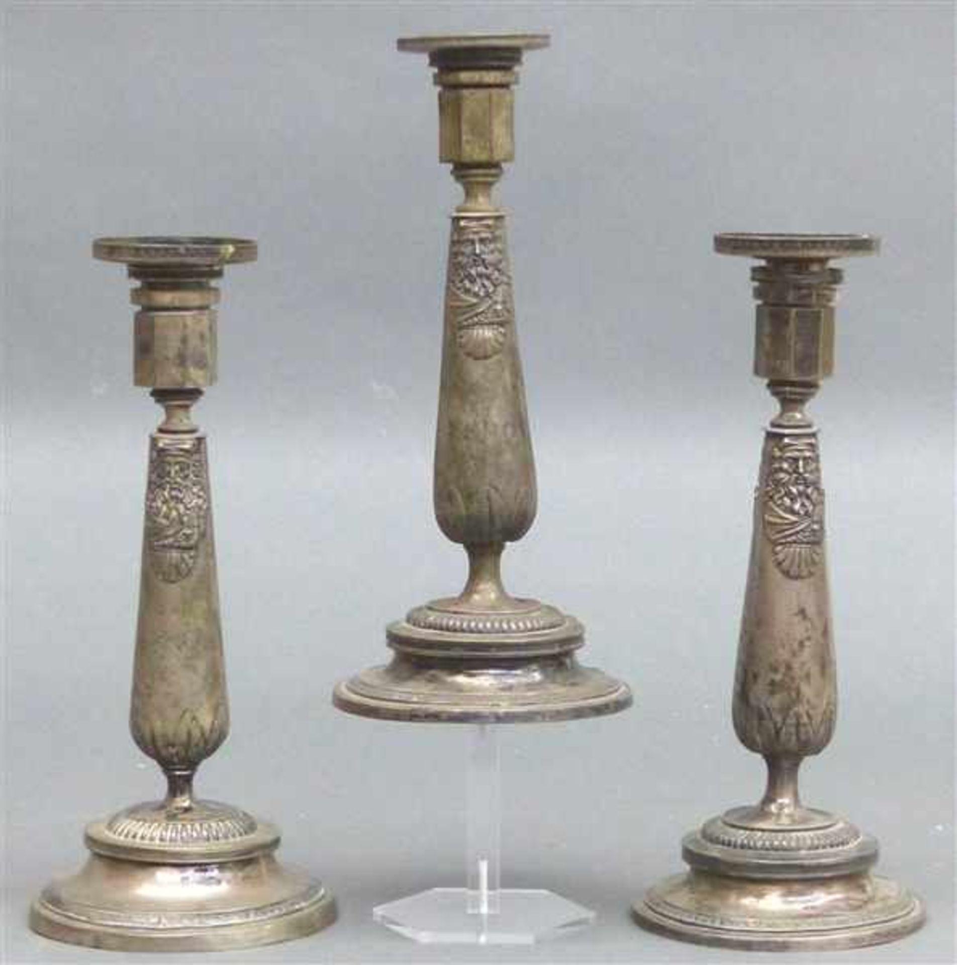 Los 1021 - 3 Augsburger Kerzenleuchter Silber, punziert, von Johann Georg Kröner 1790-1869, Empireform,