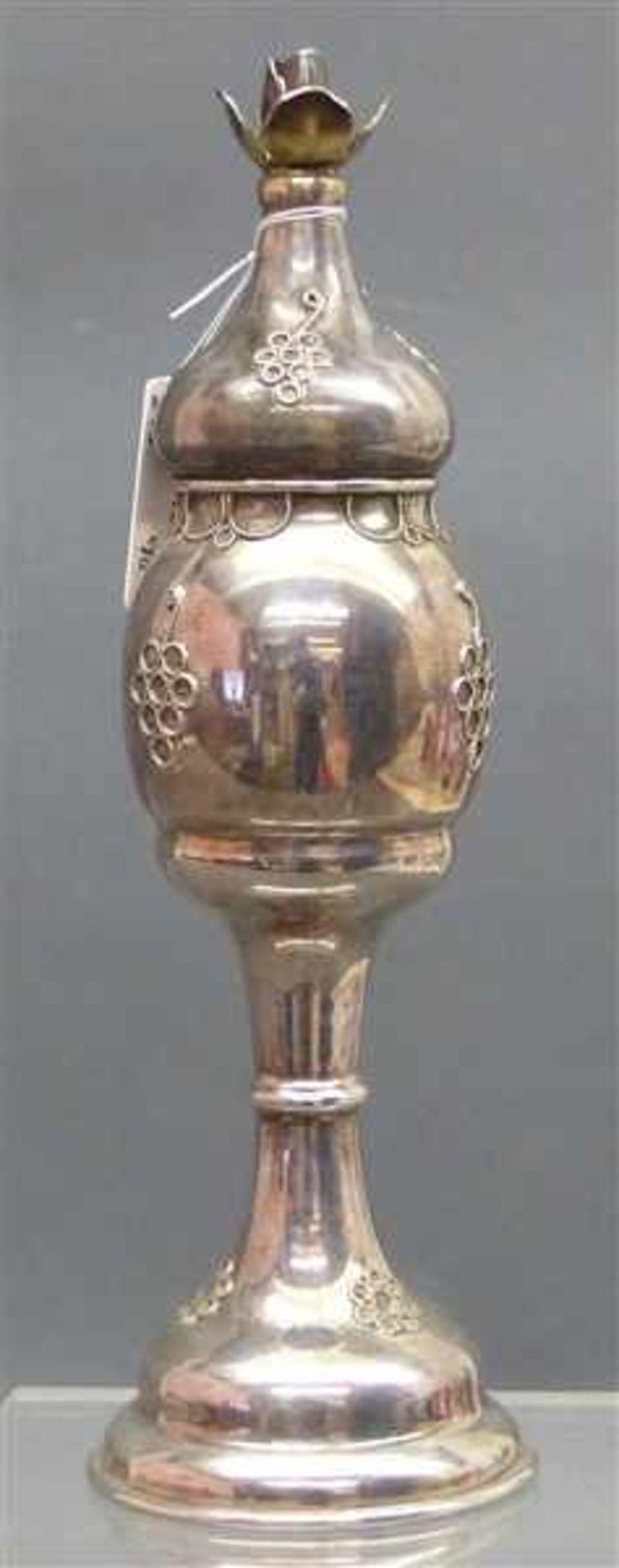 Deckelpokal Sterlingsilber, Rosenmotiv, h 19 cm, punziert, 82 g schwer,
