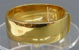 Armreif 18 kt. Gelbgold, glatte Form, Kastenschloss, ca.76 g schwer, b 2,5 cm,