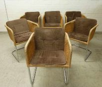 6 Freischwinger Stühle, 1960er Jahre verchromtes Stahlgestell, würfelförmiger Sitz,