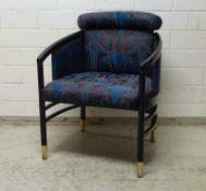 Sessel, Thonet, Ende 20.Jh. schwarz lackiertes Buchengestell, gerundeter Rücken und Sitz gepolstert,