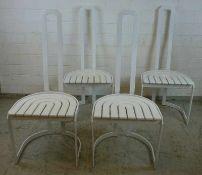 4 Stühle, 70er Jahre weiß lackertes Stahlprofil, hohe Lehne, bogenförmig verlattete
